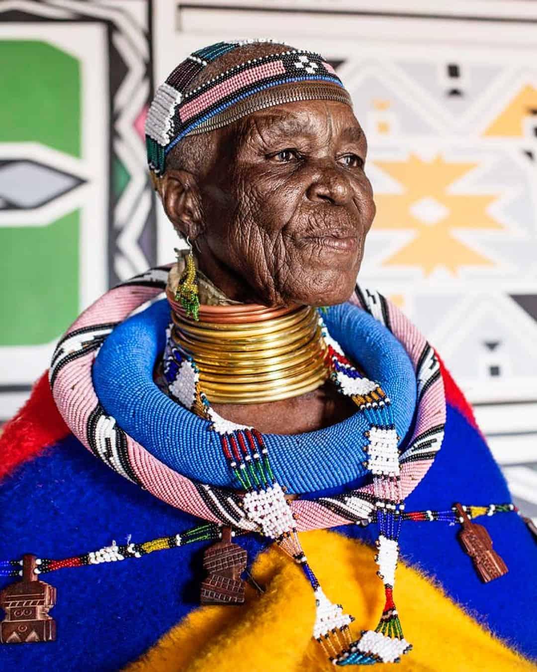 Dr Esther Mahlangu